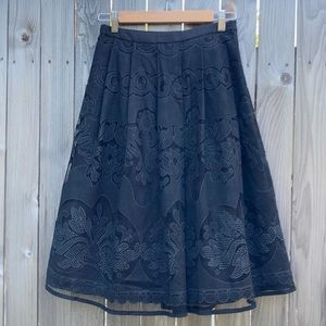 NWOT Mexican inspired lace skirt